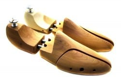 mens shoe trees example 5